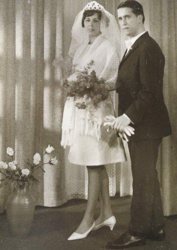 Renate und Joachim Schwindel aus Raschau zu ihrer Hochzeit 1967.