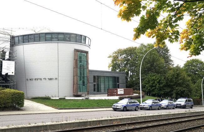 Die Synagoge in Chemnitz wurde am Mittwoch unter Polizeischutz gestellt.
