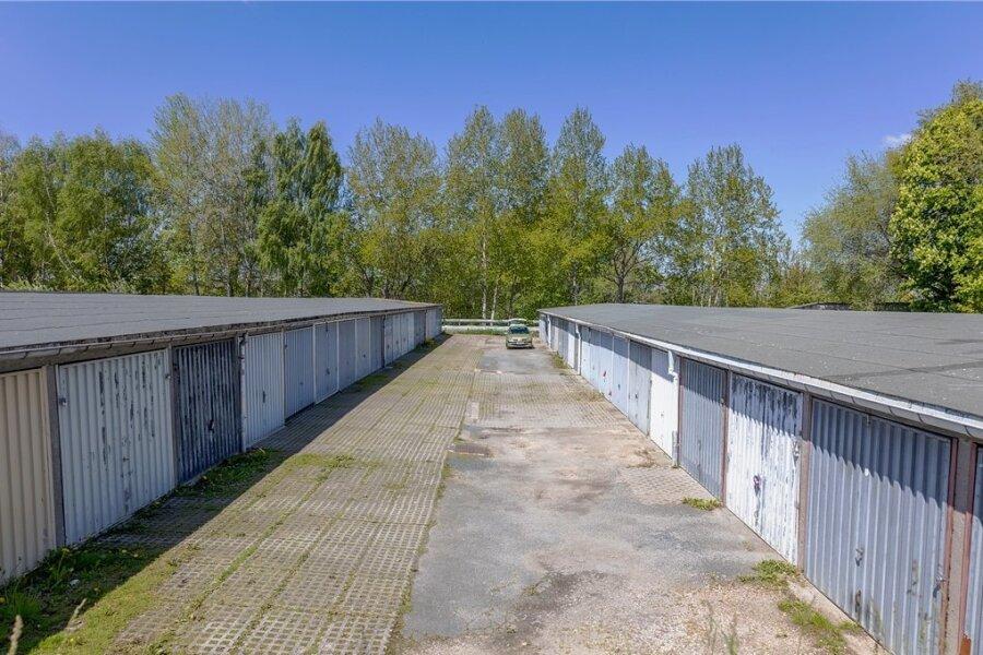 Die Garagenanlage am Friedensring in Auerbach. Die Pacht- werden in Mietverträge umgewandelt.