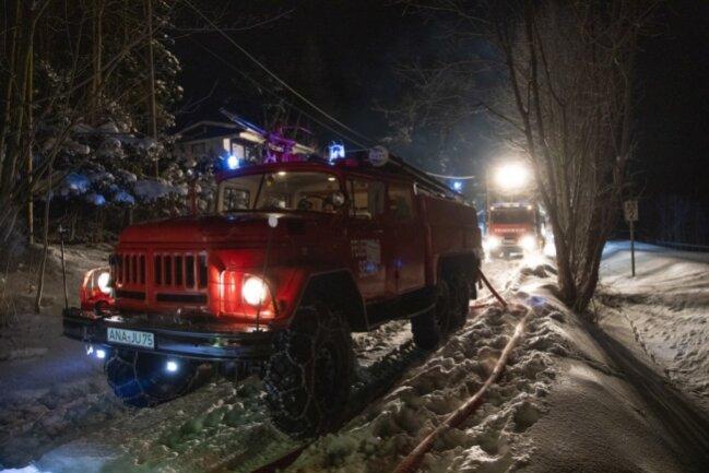 Im Einsatz waren etwa 40 Kameraden der Feuerwehren Sehma, Cranzahl, Neudorf und Kretscham.