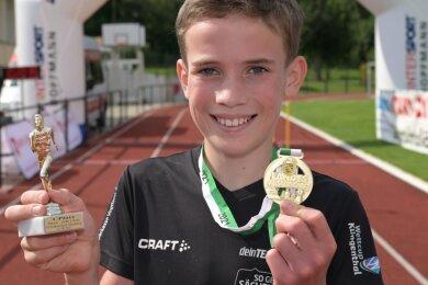 Der zwölfjährige Fritz Ungethüm vom VSC Klingenthal holte einen von fünf Landesmeistertiteln ins Vogtland.