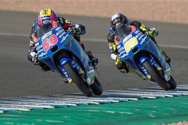 Die Fahrer von PrüstelGP drehten dieses Jahr am Ende des Feldes ihre Runden (im Bild: links Jason Dupasquier, rechts Dirk Geiger).