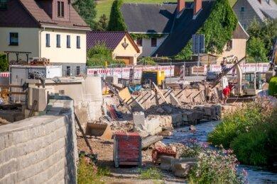 An der Marienberger Straße werden höhere Hochwasserschutzwände errichtet.