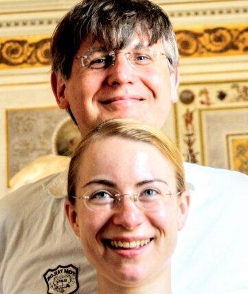 Sebastian Schwarze-Wunderlich und Svanhild Wunderlich gestalten ein Programm in der Kirche Siebenlehn.