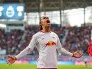 Freude pur bei Leipzigs Poulsen: Der Däne schreit nach dem wichtigen 1:0-Treffer seine Freude heraus.
