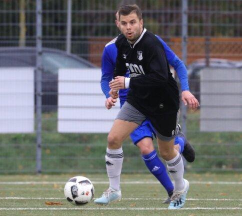 Auch im letzten Spiel vor der Corona-Pause gegen Crossen traf Felix Strauß. Sein Team des VfB Empor Glauchau II verlor jedoch 1:2.