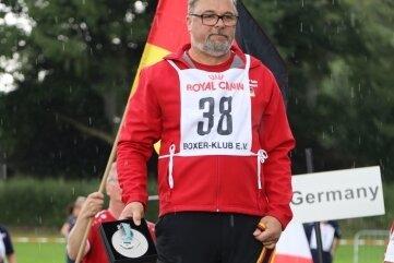 Der Weltmeister der Wubox 2021 ist Herbert Poschuld mit seinem Boxer Enox von der Zella.