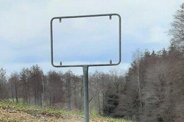 Dieses und auch das andere gestohlene Beerwalder Ortseingangsschild wurden bereits ersetzt.