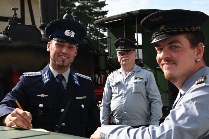 """""""Transport-Polizei"""" taucht beim Dampftag in Schönheide auf"""