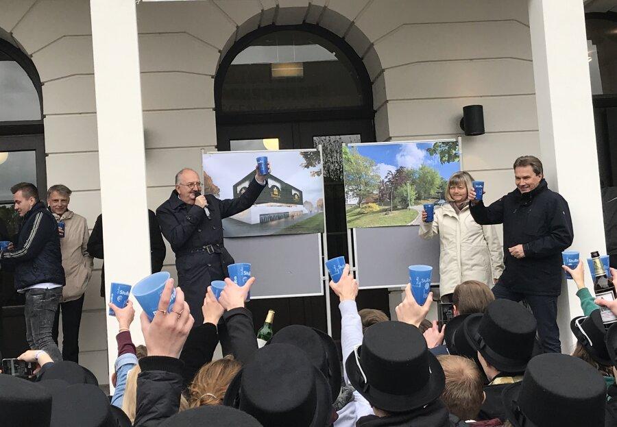 Bergfest-Gag: Hochschule will Bierothek eröffnen