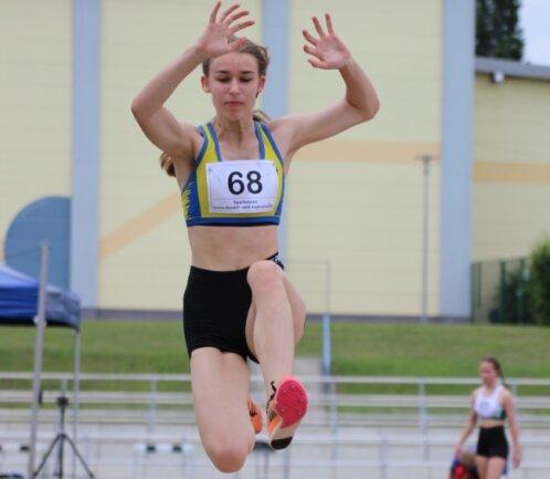 Bei den Deutschen Meisterschaften im Blockwettkampf vor vier Wochen landete Lina Jentzsch von der LG Mittweida auf Rang 10.