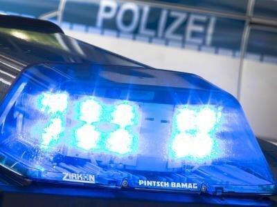 Bei Striegistal haben sich am Samstagmorgen auf der Autobahn zwei Verkehrsunfälle ereignet. Dabei wurden mehrere Personen verletzt, zwei davon schwer.