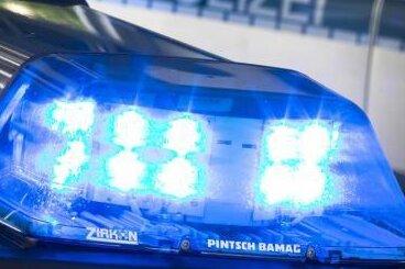 Zwickau: Mann von Jugendlichen angegriffen