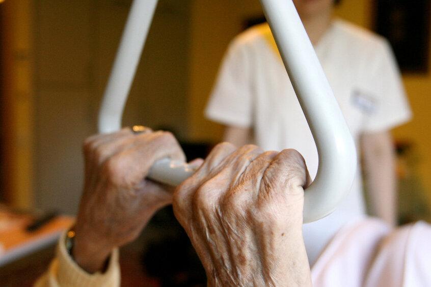 Nur jedes fünfte Pflegeheim in Sachsen wurde 2013 kontrolliert