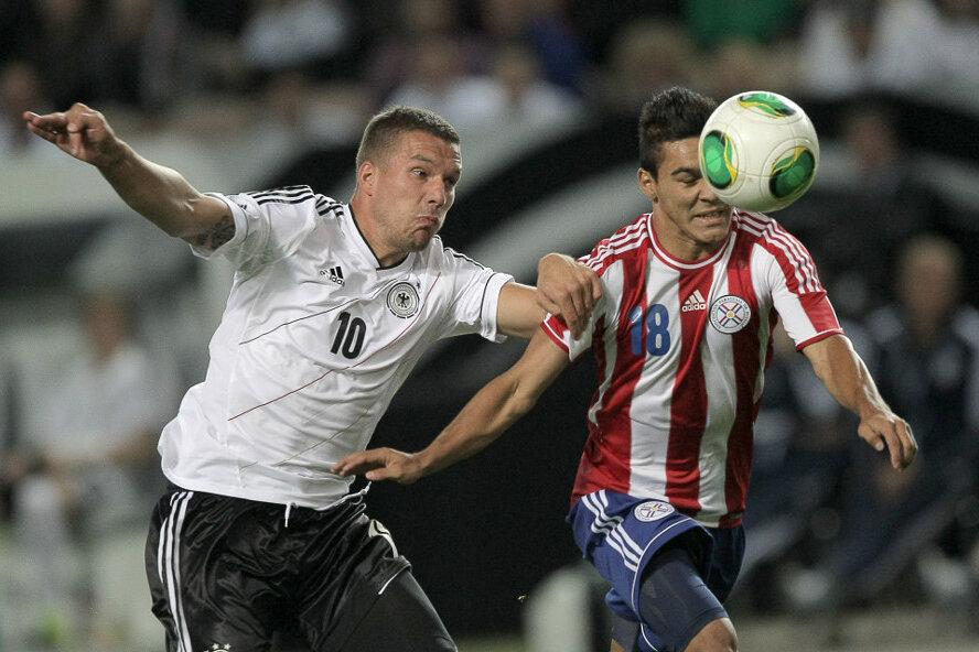 Deutschland müht sich zu 3:3 gegen Paraguay