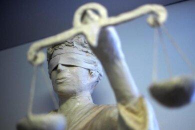 Der Mann aus Rochlitz musste sich wegen versuchter Nötigung vor dem Döbelner Amtsgericht verantworten.
