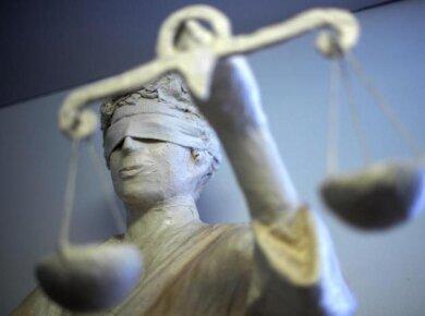 Ein Rentner aus Hohenstein-Ernstthal will nicht für Unterbrinungskosten aufkommen und zieht vor Gericht.