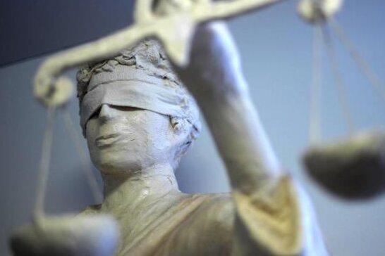Staatsanwalt: Prostituierte in Wohnung vergewaltigt
