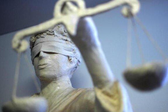 """""""Schlampe"""": Polizist muss nach Beleidigung zahlen"""
