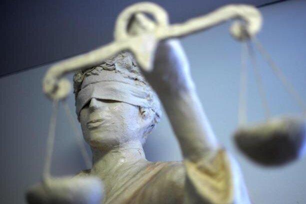 Justiz geht gegen Jugendgruppe vor