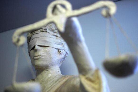 Ex-Chef von sächsischem Entsorger vor Gericht