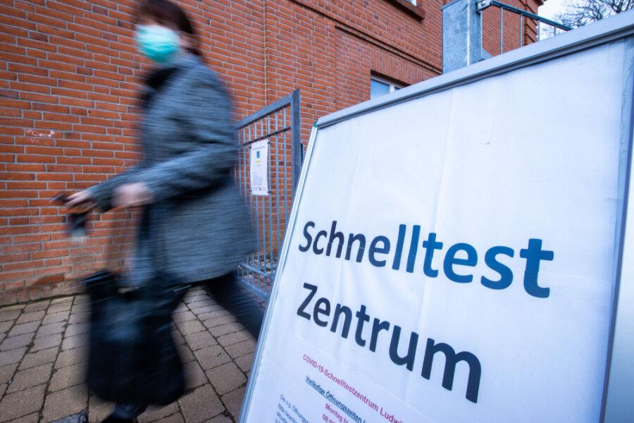 Raus aus dem Corona-Lockdown: Kommunen legen Kretschmer Konzept für Sachsen vor