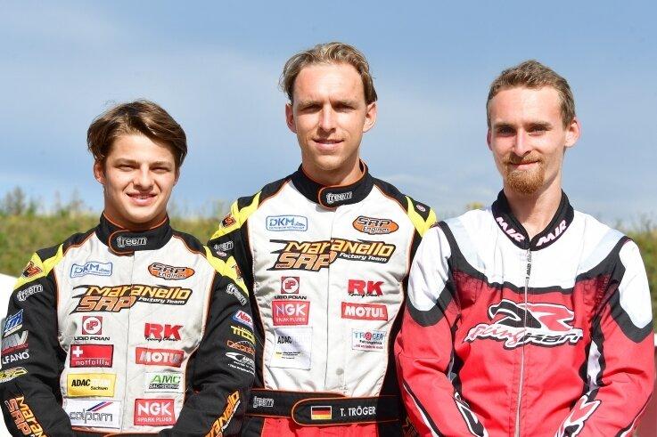 Niels Tröger, Tim Tröger und Toni Tschentscher (von links) fiel das Lächeln am Wochenende nicht immer leicht.