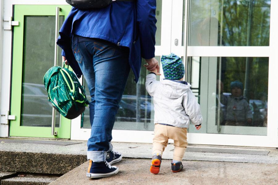 """Die Pandemie hat sich stark auf die Psyche von Kindern ausgewirkt. """"Nach der Schließung haben viele Kinder wieder von vorne angefangen. Sie brauchten eine neuerliche Eingewöhnungszeit"""", sagt Katrin Meisner, Leiterin der Chemnitzer Kita Sonnenblume."""