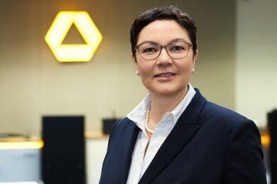 Heike Hofmann-Lauer, Niederlassungsleiterin Privat-  und Geschäftskunden der Commerzbank AG Südwestsachsen.