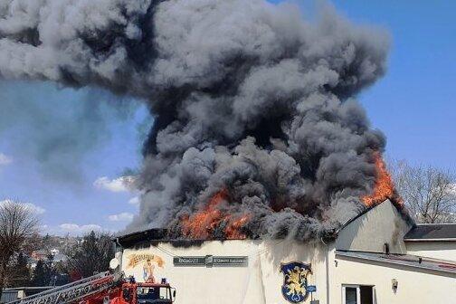 Die Halle der Markneukirchener Bundesliga-Ringer war im April abgebrannt. Nun ist die Brandursache klar.