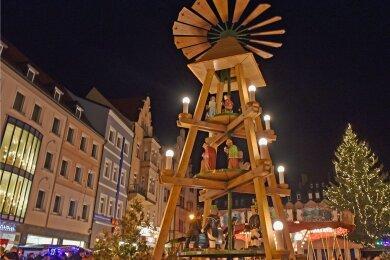 Der Mittweidaer Weihnachtsmarkt findet dieses Jahr zwar nicht statt. Die Pyramide soll aber ebenso aufgestellt werden wie der Baum.