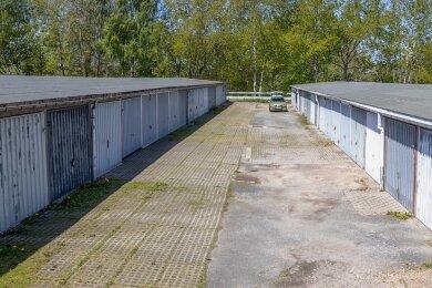 Der Garagenkomplex am Friedensring. Jetzt gab es das erste Treffen zu den Garagen auf städtischem Grund zwischen Vertretern der gleichnamigen Bürgerinitiative und der Stadt Auerbach.
