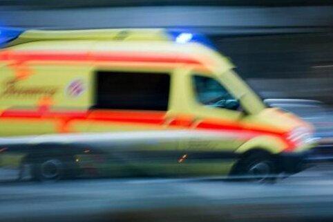 Feuerwehr rettet Bewohner bei Hausbrand in Wilkau-Haßlau