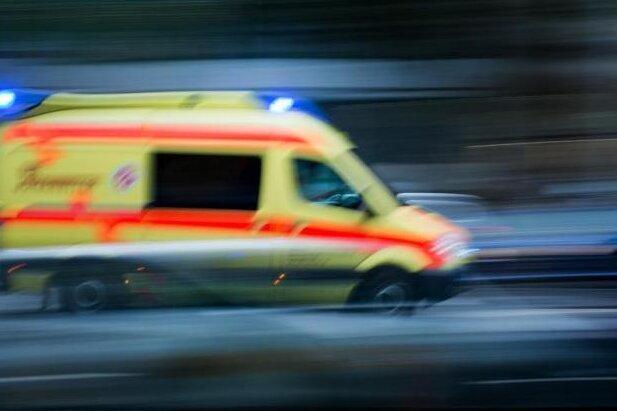 Vier Verletzte nach Unfall auf S 243 bei Limbach-Oberfrohna