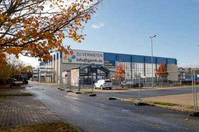 Im früheren Praktiker-Baumarkt in Bernsdorf können sich Patienten ab dem heutigen Freitag auf Corona testen lassen.