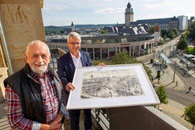 Wilhelm Mühsam (vorn) und Landrat Rolf Keil.