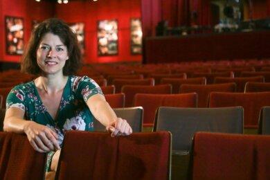 Das Fritz-Theater wird nächsten Monat leer bleiben. Wie im Frühjahr muss Isabelle Weh von der Theaterleitung die Vorstellungen absagen. Die Zuschauer können die Karten zurückgeben und erhalten das Geld wieder, sagt Weh. Doch das Angebot sei im Frühjahr wenig genutzt worden.