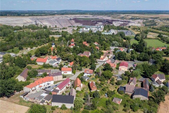 Pödelwitz liegt nur 500 Meter vom Tagebau Vereinigtes Schleenhain entfernt.