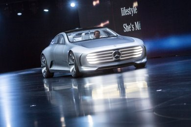 """Das """"Intelligent Aerodynamic Automobile""""-Showcar von Mercdes verspricht den bislang günstigsten Luftwiderstandswert."""