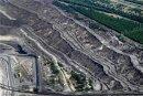 Riesige Abraumhalden bestimmen in Nochten das Bild. Diesen Braunkohletagebau betreibt die Leag für das Kraftwerk Boxberg. Parallel dazu renaturiert sie laufend ehemalige Tagebauflächen.