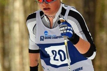 Nachdem ihr über fünf Kilometer klassisch ein gebrochener Stock zu schaffen machte, überzeugte Anna-Maria Dietze im 15-Kilometer-Skating-Rennen als Zwölfte.