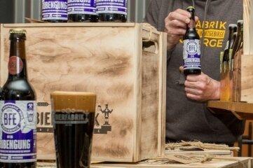 """Uwe """"Max"""" Gottwald hat die Nummer Sechs der Bierfabrik-Biere aufgelegt."""