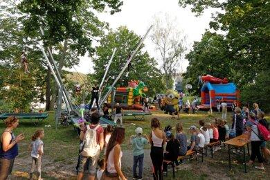 Im Freien kann das klappen: In Lichtenstein war die Stimmung beim Kinder- und Jugendtag ausgelassen.