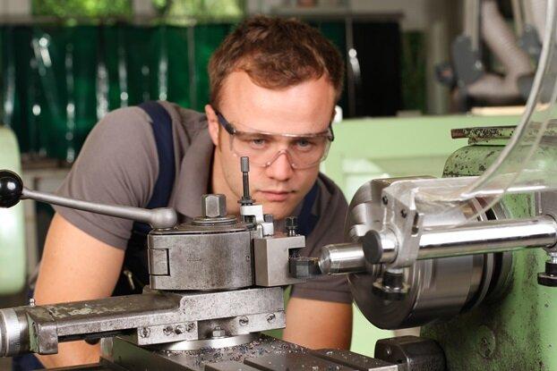 Besonders im verarbeitenden Gewerbe kommen in Südwestsachsen Zeitarbeiter zum Einsatz.