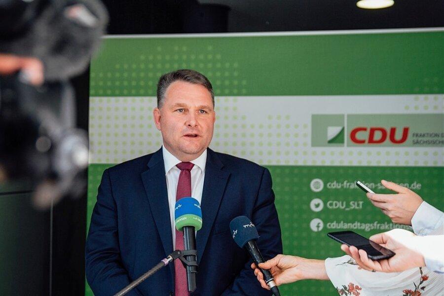 Christian Hartmann, der neue Fraktionschef der CDU im Sächsischen Landtag, hofft auf klare Verhältnisse nach der Wahl 2019. Aber was passiert, wenn die ausbleiben, dazu will er sich offenbar nicht festlegen.