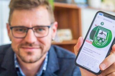 Was Neukirchens Bürgermeister Sascha Thamm lange vorgeschwebt hat, ist jetzt umgesetzt. Die Gemeinde hat sich von einem Unternehmen ein Bürgerportal programmieren lassen, das es bald auch als App für Smartphones verschiedener Betriebssysteme geben soll.