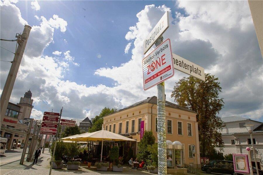 Rund um den Postplatz in Plauen gilt eine Alkoholverbotszone. Doch sie ist rechtswidrig.