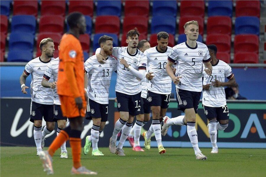 Bereits nach acht Minuten hatten die deutschen U-21-Spieler doppelten Grund zur Freude. Denn da führten sie im Viertelfinalspiel gegen die Niederlande mit 2:0.