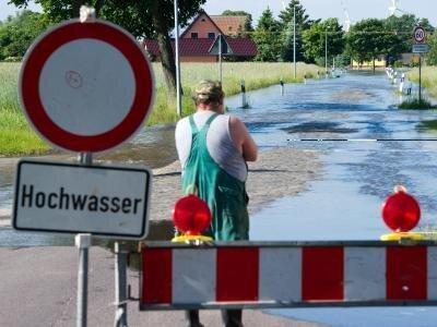 Hochwasser der Elbe: Hier geht nichts mehr.