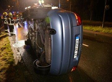 Der 67-jährige Fahrer des Audi erlitt bei dem Unfall auf dem Südring schwere Verletzungen.